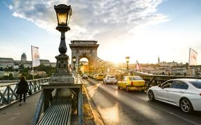 Картинка авто, солнце, мост, город, Венгрия, Будапешт, Chain bridge