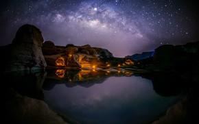 Картинка озеро, скалы, звёзды, Млечный Путь