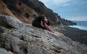Картинка море, девушка, природа, поза, скалы, берег, вечер, Aleks Five