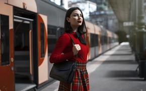 Картинка девушка, город, станция