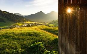 Картинка лес, лето, солнце, лучи, холмы, дома, Stefan Thaler