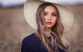 Картинка взгляд, девушка, лицо, фон, волосы, портрет, шляпа, Ренат Фотов, Анастасия Косухина