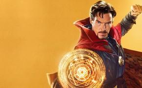 Картинка портал, Бенедикт Камбербэтч, Benedict Cumberbatch, жёлтый фон, Doctor Strange, Доктор Стрэндж