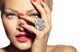 Картинка девушка, рука, макияж, кольцо, маникюр