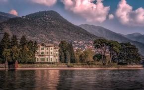Картинка лес, небо, солнце, облака, деревья, горы, природа, озеро, берег, вилла, дома, Италия, Lake Como, Villa …