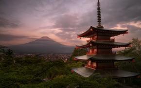 Обои зелень, лето, облака, деревья, пейзаж, ветки, дом, пасмурно, здание, гора, вечер, вулкан, Япония, этажи, Фудзи, ...