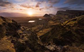 Картинка осень, солнце, облака, лучи, свет, закат, горы, туман, озеро, обрыв, дерево, скалы, рассвет, холмы, растительность, …
