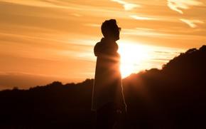 Картинка небо, закат, мужчина