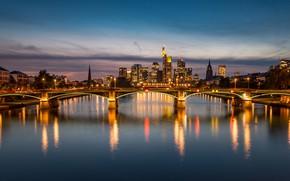 Картинка мост, город, огни, река, здания, небоскребы, вечер, Германия, архитектура, Франкфурт