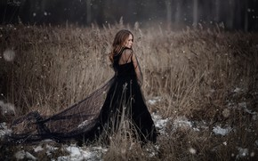 Картинка девушка, снег, чёрное платье, Анна Шувалова