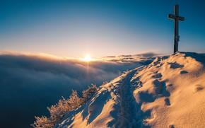 Картинка горы, крест, утро