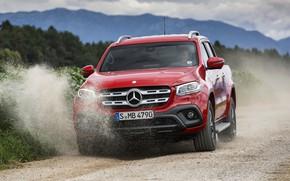 Картинка красный, движение, Mercedes-Benz, пыль, пикап, грунтовка, 2017, X-Class