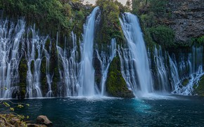 Картинка скала, река, Калифорния, водопады, каскад, California, Burney Falls, Burney Creek, Река Бёрни, Водопады Бёрни
