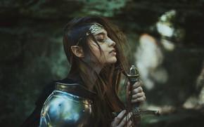 Картинка взгляд, девушка, стиль, оружие, волосы, меч, доспехи, воин, фэнтези, профиль, эльфийка, рыцарь, воительница, боке, длинноволосая, …