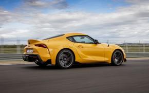 Картинка асфальт, жёлтый, купе, трасса, Toyota, сбоку, Supra, пятое поколение, mk5, двухместное, 2019, GR Supra, A90, …