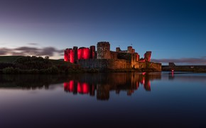 Картинка замок, вечер, крепость, Wales, United Kingdom, Caerphilly Castle, Built in the 13th Century, at dusk