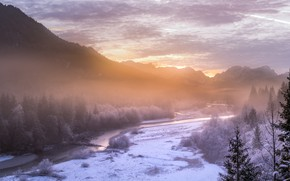Картинка зима, иней, лес, снег, горы, туман, река, утро, Альпы