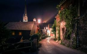 Картинка ночь, улица, дома, Австрия, освещение, фонари, городок, Hallstatt, Гальштат, община