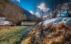 Картинка небо, солнце, облака, лучи, снег, деревья, мост, гора, Австрия, речка, Tyrol, Kohlenbach