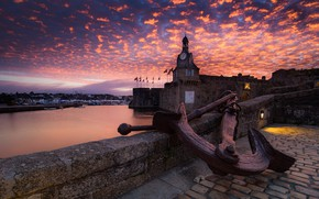 Картинка море, облака, закат, старина, замок, стены, Франция, часы, башня, сооружение, вечер, ограждение, залив, флаги, сумерки, …