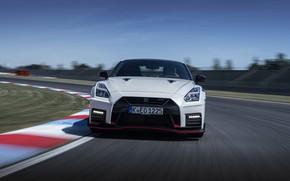 Картинка белый, трасса, поворот, перед, Nissan, GT-R, R35, Nismo, 2020, 2019