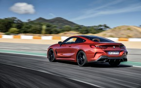 Картинка купе, скорость, BMW, Coupe, заезд, 2018, 8-Series, тёмно-оранжевый, M850i xDrive, 8er, G15