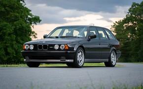 Картинка BMW, E34, Touring, M5