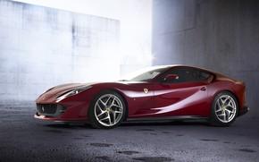 Картинка Ferrari, вид сбоку, 2018, Superfast, 812