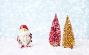 Картинка снег, фон, елки, Новый год, фигурка, композиция, Санта - Клаус
