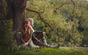 Картинка трава, дерево, фэнтези, эльфы, пара, косплей, опушка, cosplay, Legolas, Хоббит, Hobbit, Леголас, Tauriel, Тауриэль, LuckyStrikeCosplay