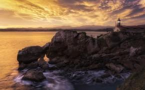 Картинка море, закат, скалы, маяк