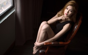 Картинка взгляд, девушка, стул