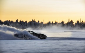 Картинка снег, движение, чёрный, равнина, Porsche, трек, 2020, Taycan, Taycan 4S