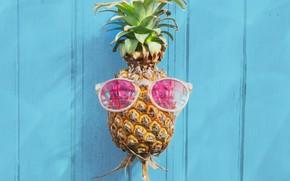 Картинка пляж, лето, отдых, очки, summer, ананас, beach, каникулы, wood, paradise, pineapple, tropical, sunglasses