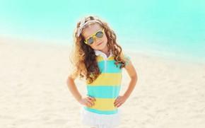 Картинка море, солнце, платье, очки, девочка