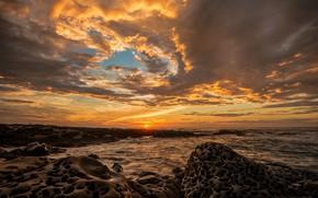 Картинка море, волны, небо, солнце, облака, пейзаж, закат, тучи, камни, берег, побережье, вечер, прибой, рельеф, каменистый, ...