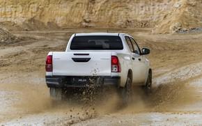 Картинка белый, брызги, грязь, сзади, Toyota, пикап, Hilux, Special Edition, 2019