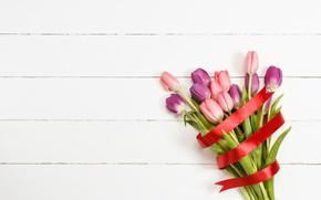 Картинка цветы, букет, лента, тюльпаны, love, розовые, wood, pink, flowers, beautiful, romantic, tulips, spring, purple