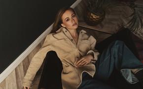 Картинка девушка, поза, джинсы, куртка, Влад Попов, Ксения Гусева