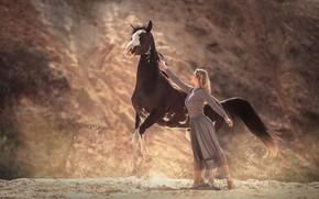 Картинка девушка, поза, лошадь, Анюта Онтикова