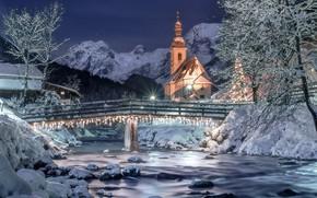 Картинка зима, небо, снег, пейзаж, горы, ночь, природа, река, звёзды, Германия, освещение, Альпы, церковь, мостик, Berchtesgaden, …