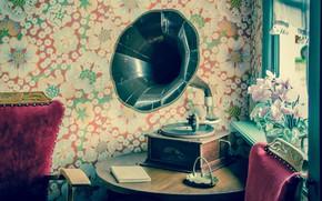 Картинка цветы, ретро, стол, комната, настроение, обои, окно, винил, mood, vinyl, старинный коричнево-черный граммофон, vintage brown …