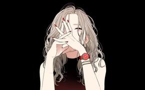 Картинка руки, браслет, черный фон, плечи, длинные волосы, маникюр, наручные часы, портрет девушка