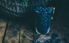 Картинка glass, food, blur, berries, basket, blueberries, bush