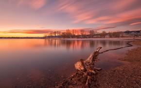 Картинка осень, небо, облака, деревья, закат, горы, озеро, отражение, рассвет, берег, весна, вечер, утро, коряга, водоем