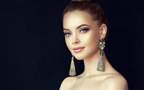 Картинка взгляд, девушка, лицо, стиль, портрет, красота, серьги, макияж, прическа, girl, Beautiful, style, model, маникюр, luxurious