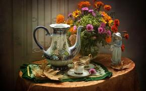 Обои осень, листья, букет, чашки, статуэтка, кувшин, бархатцы, астры
