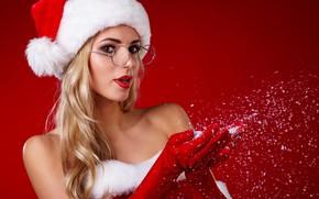 Картинка снег, милая, очки, Новый год, перчатки, плечи, красный фон, колпак, девушка Санты
