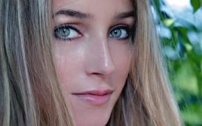 Картинка Grey, Blonde, Look, Met-Art, Elisa, Close Up, Elise A, Intense, Gaze, Dark Blonde, Leafs