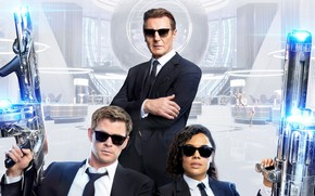 Картинка Крис Хемсворт, Chris Hemsworth, Liam Neeson, Tessa Thompson, Люди в черном: Интернэшнл, Men In Black: ...